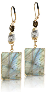 Grandeur Diamond Lab Earring