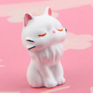 White Mini Cat Gardening Small Ornament