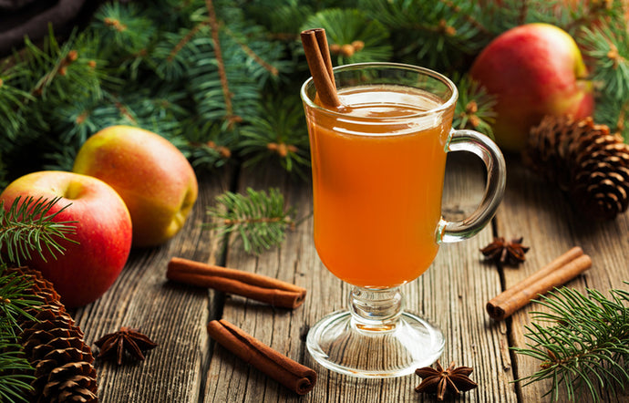 How to Make Holiday Mulled Apple Cider or Wine