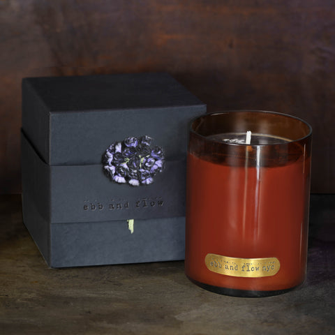 VIOLET NOIR SOY CANDLE - 65 HR BURN TIME
