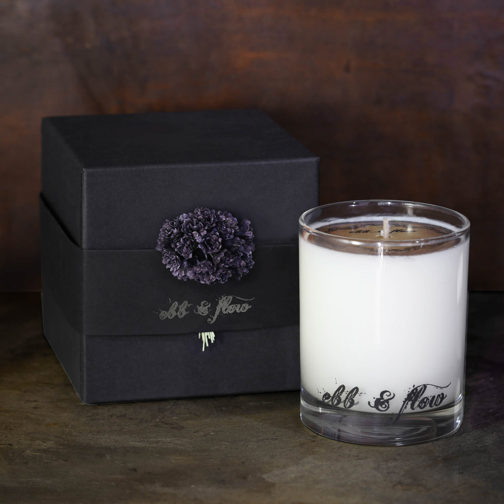 VIOLET NOIR SOY CANDLE - BOX NOT INCLUDED