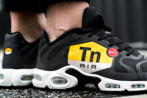 """sports shoes 4545a 02975 Released in November 2017, the Air Max Plus """"Big Logo,"""" as its name  suggests, puts the iconic Tn logo front and centre."""