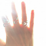 Bilak Crescent Moon Ring