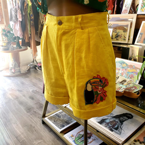 Tucan Banana Yellow shorts