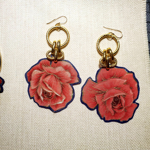 Hanging  Rosa Earrings