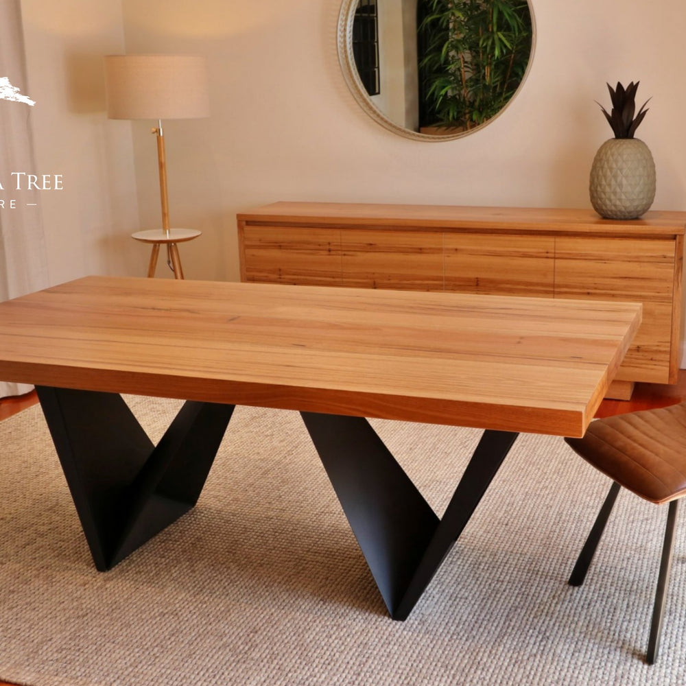 Oregon Custom-Made Dining Table