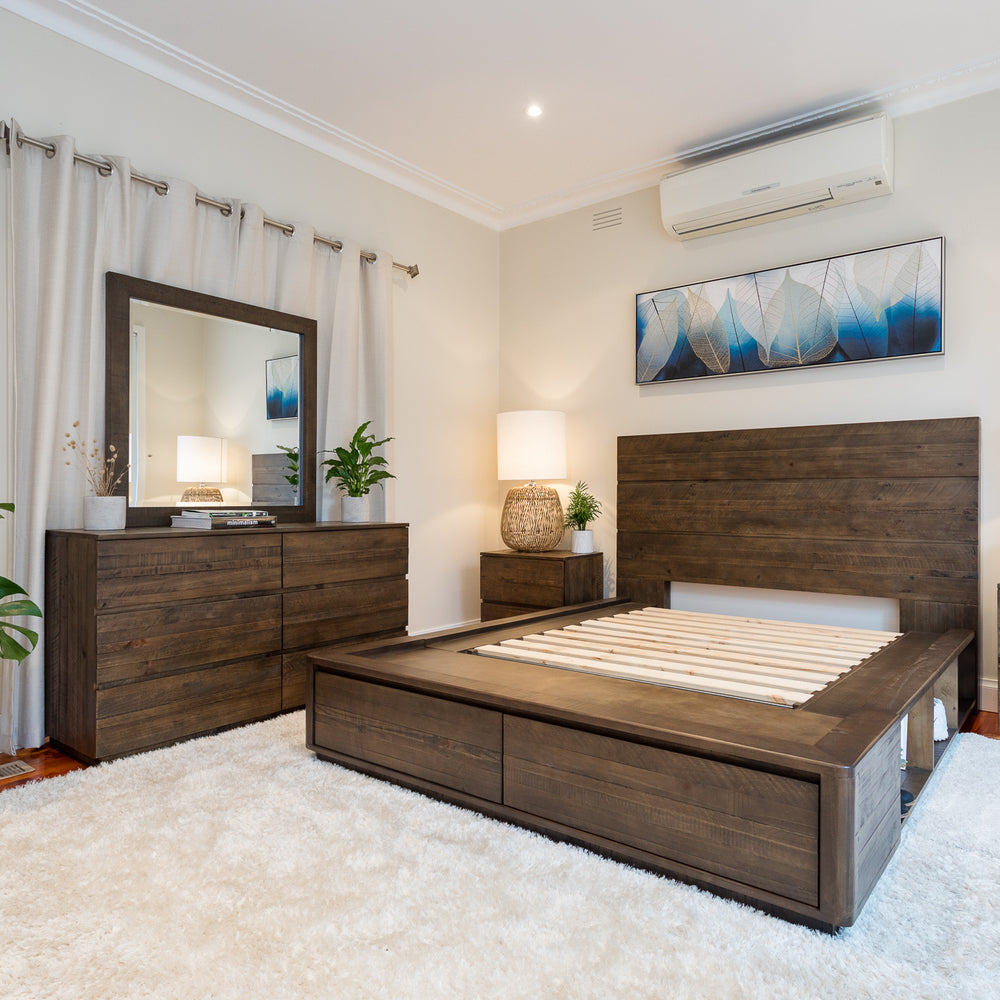 Elwood Plus Bedroom Collection