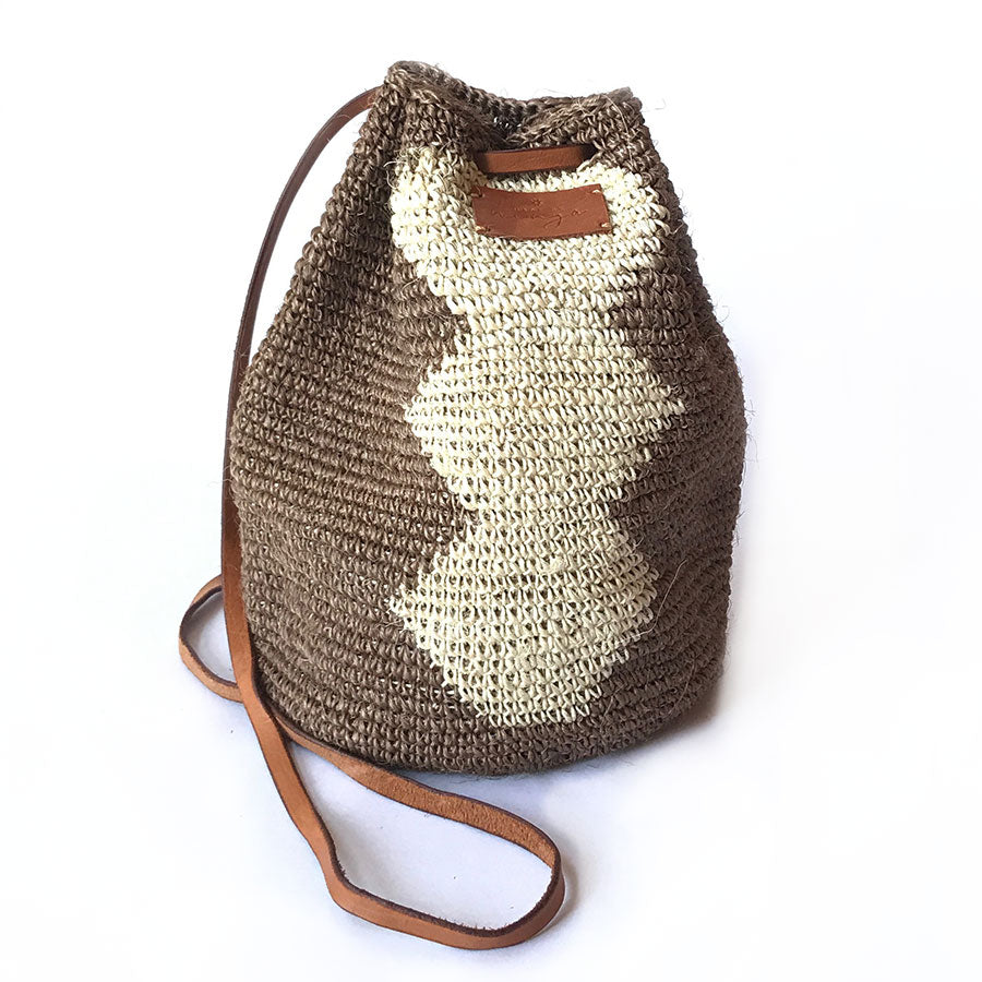 Ñaña - Bucket Bag #011