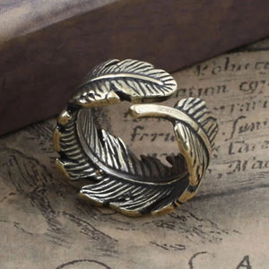 Leaf patterned Finger ring