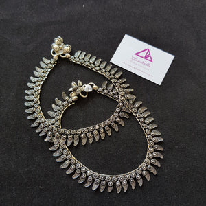 Floral Patterned German silver Anklet