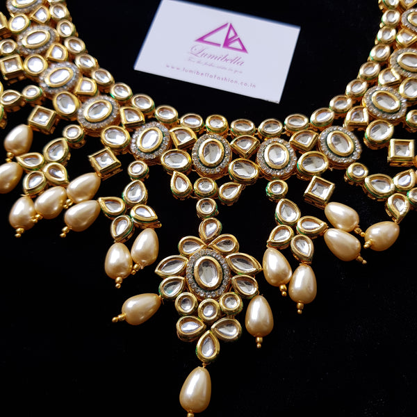 Stunning Kundan Bridal Set With Pearls