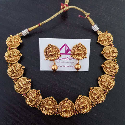 Short Temple Matte Style Traditional Neckset