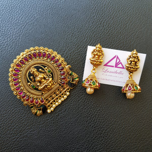 Gold polished Hindu goddess style Pendant set