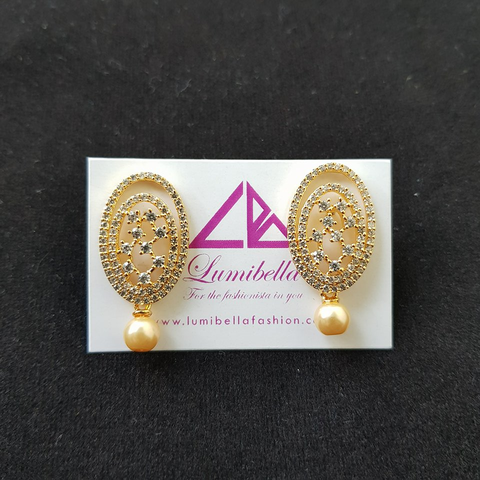 Oval shaped Designer Earring