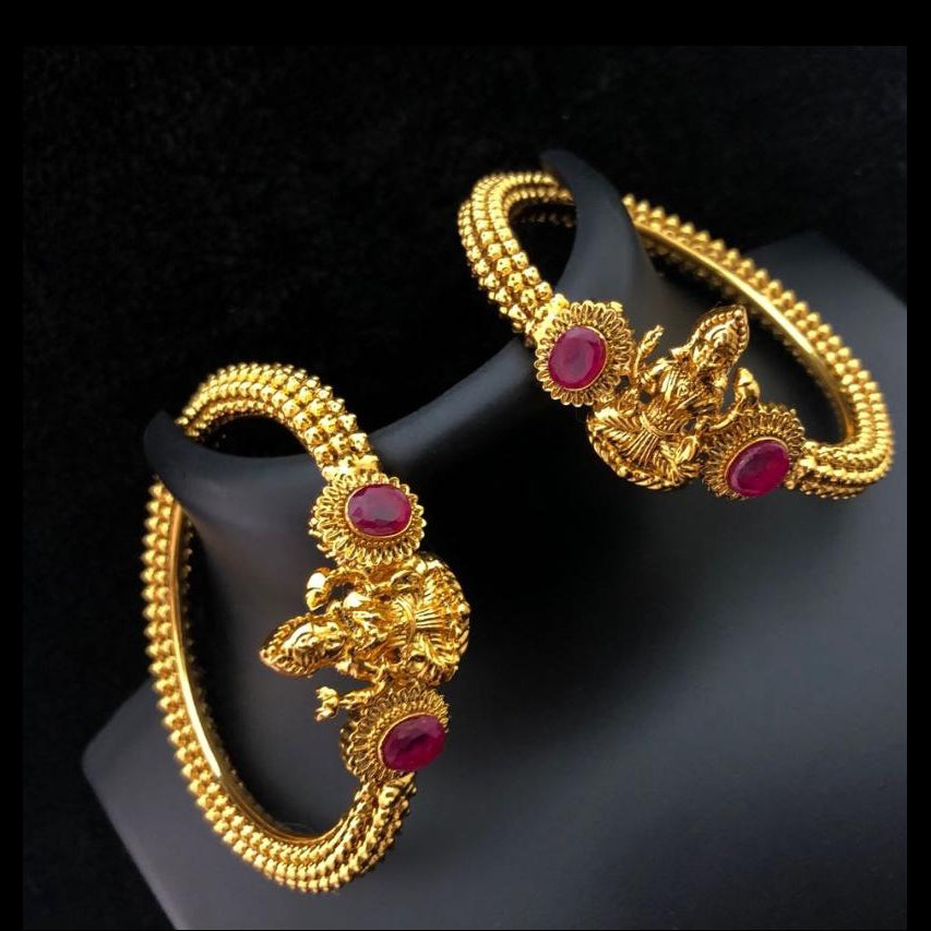 Temple Style Antique Kada / Bangle Set