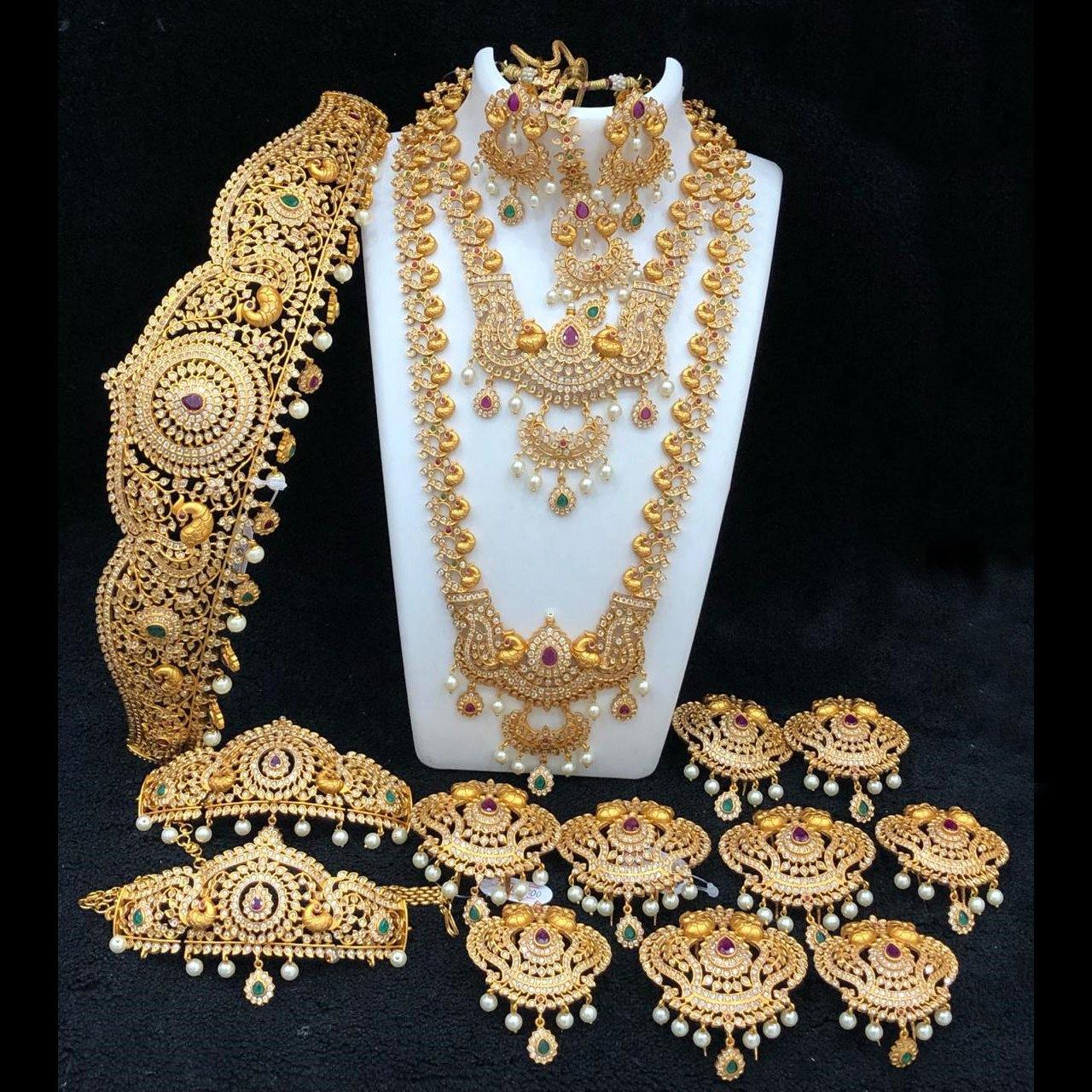 Floral American Diamond Style Bridal Set