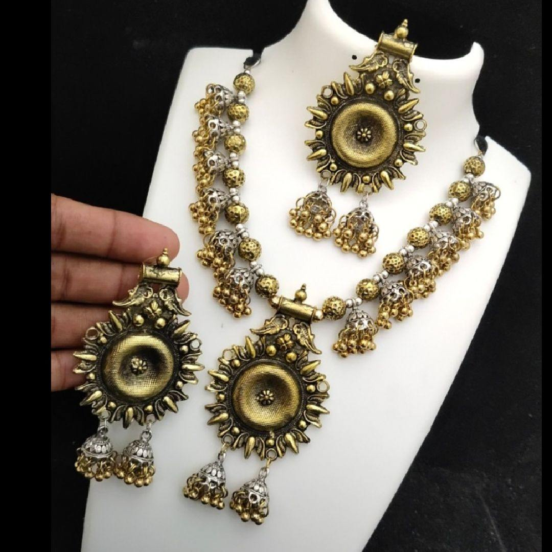 Dual Tone Floral Style German Silver Neck Set