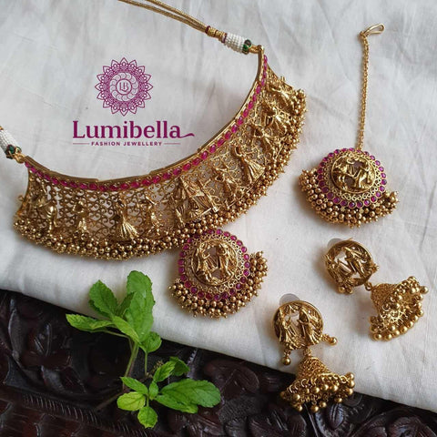 swayamvara necklace collections