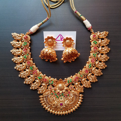 Temple style choker neck set with pearls