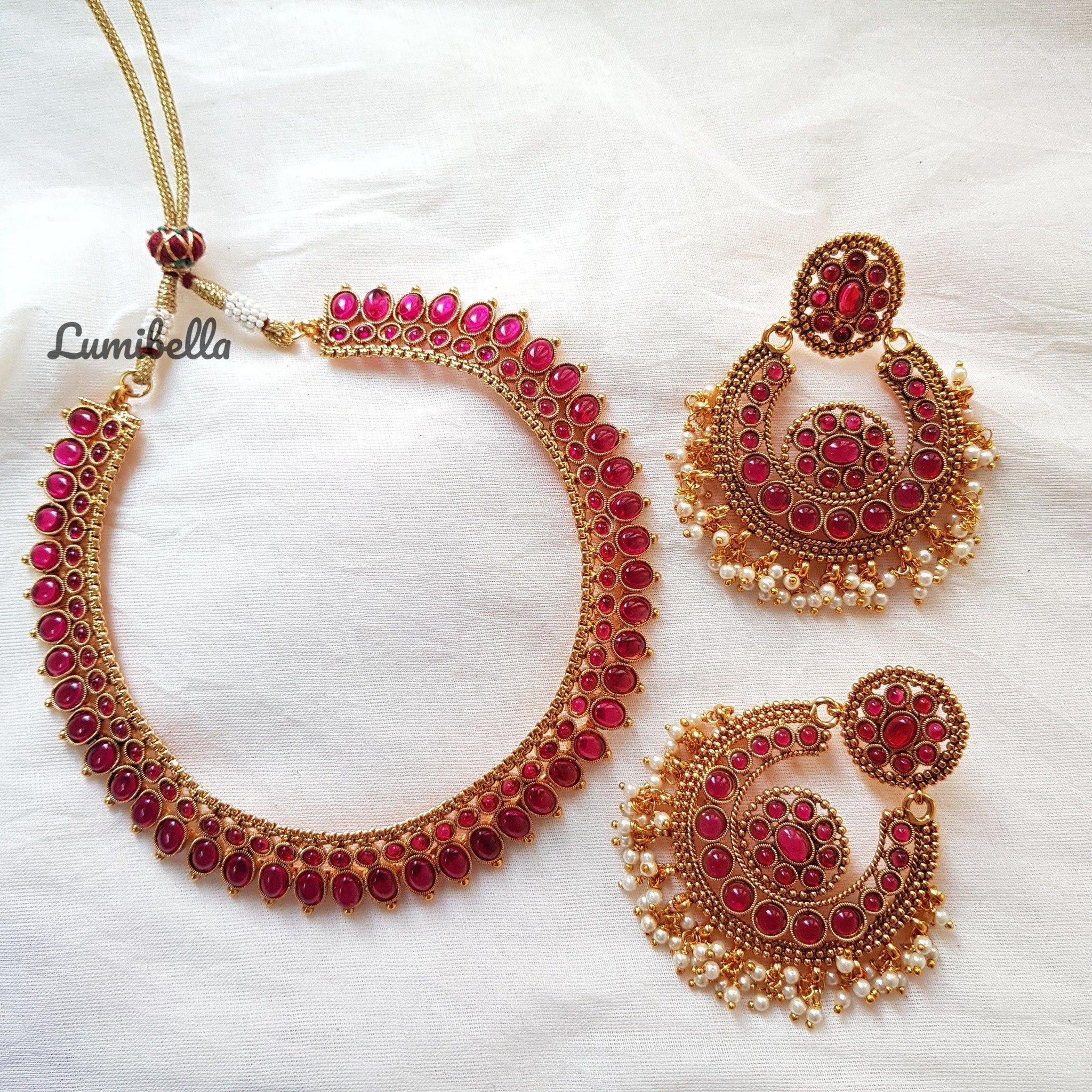 Gorgeous Antique Style Neckset