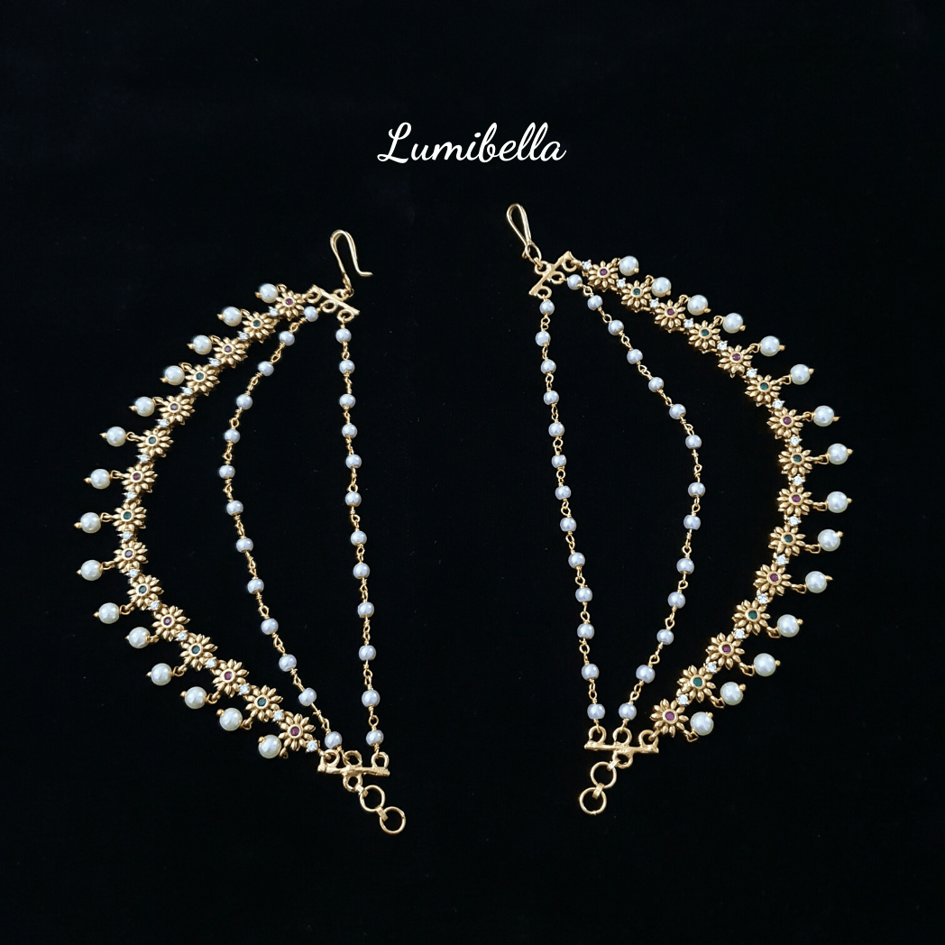 EAR CHAIN WITH PEARLS