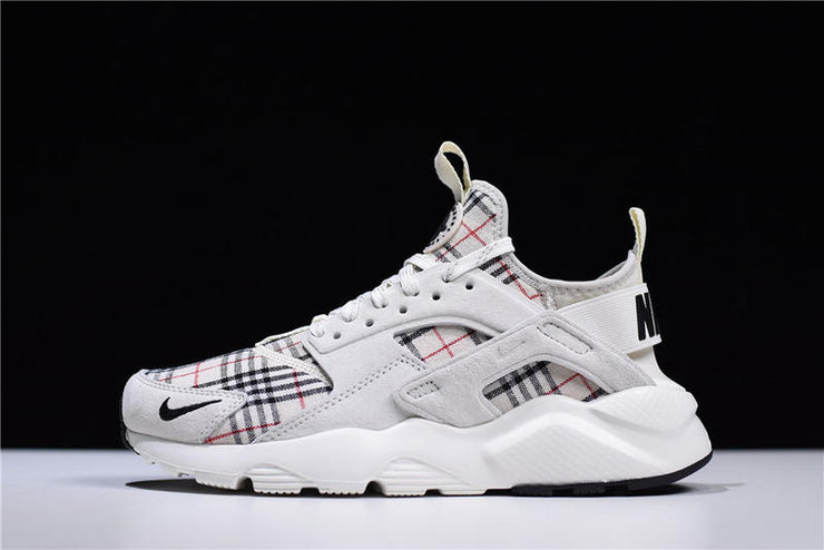 Burberry x Nike Huarache Run 'White' - Kickked
