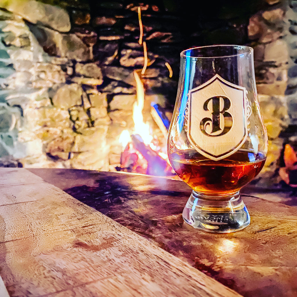 The Best Presents for Your Whiskey Lover This Holiday Season From Crystal Imagery