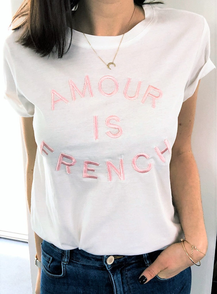 Tshirt Amoureuse message brodé rose