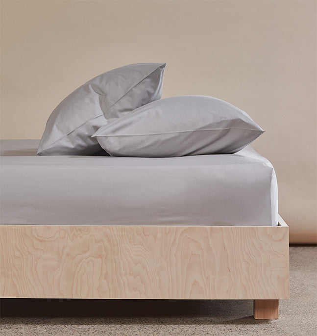 The Crisp & Cool Organic luxury fitted sheet