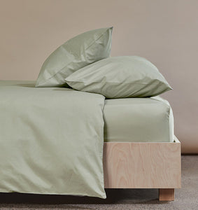 The Crisp & Cool Organic Classic Duvet Set Bundle