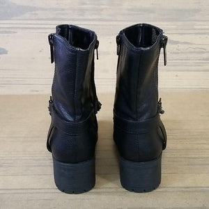 Simply Vera Vera Wang Fashion Pre-Owned Boots