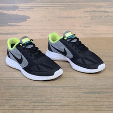 Nike Revolution 3 Youth Pre-Owned Shoes/Sneakers