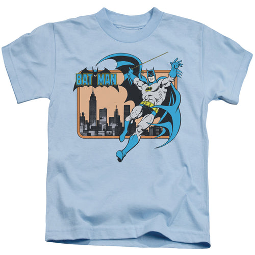 Dc - Batman In The City Short Sleeve Juvenile 18/1 Tee - Special Holiday Gift