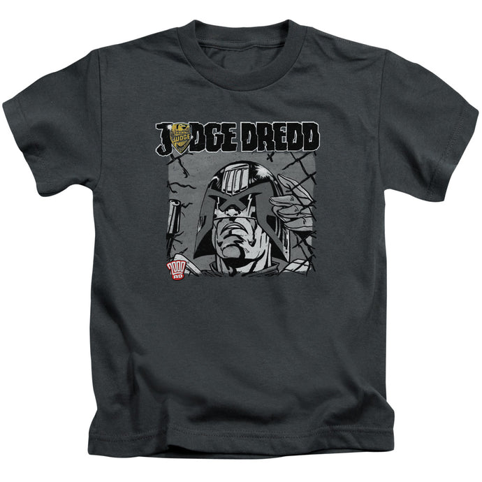 Judge Dredd - Fenced Short Sleeve Juvenile 18/1 Tee - Special Holiday Gift
