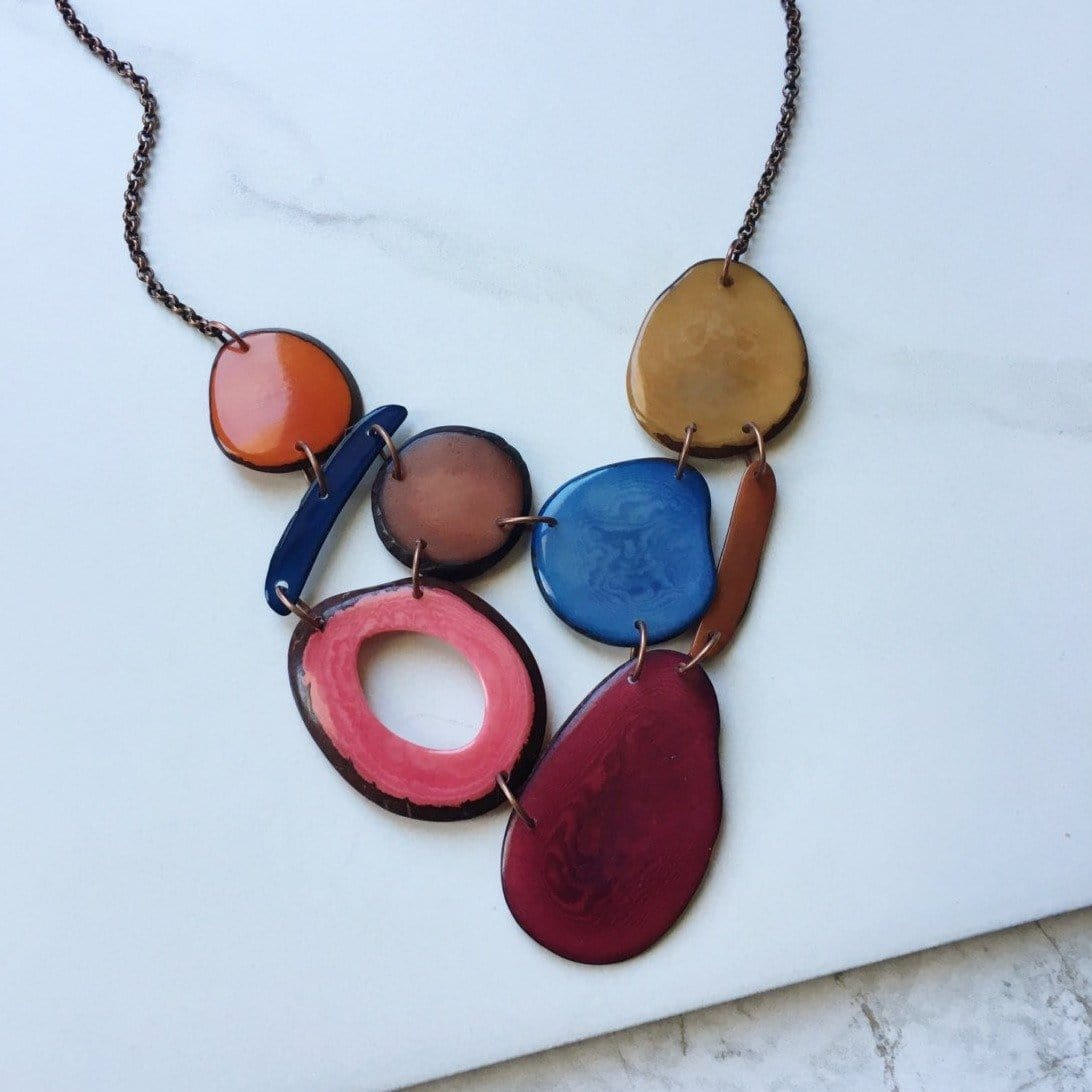 The Erin Necklace in Cranberry - Sela Designs