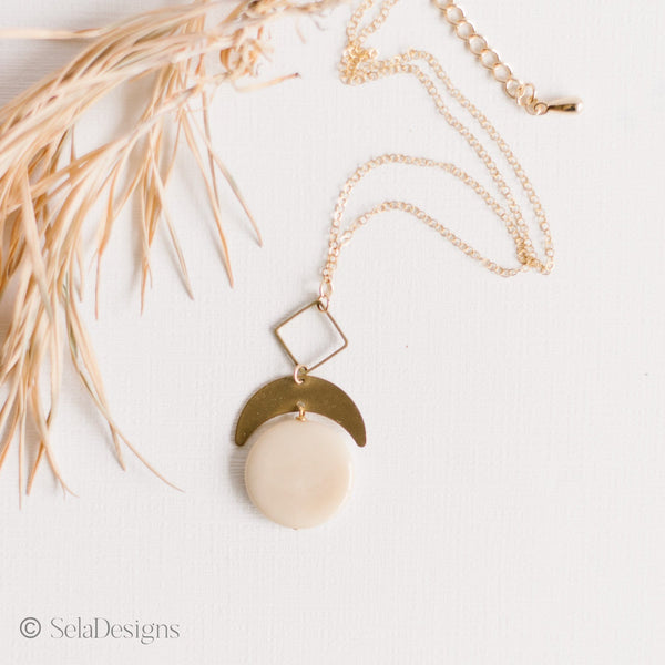 Ivory Laurel Necklace