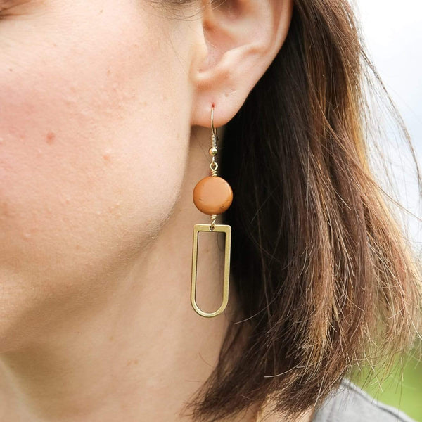 Camel Kara Earrings
