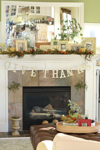 Thanksgiving decor fireplace mantle