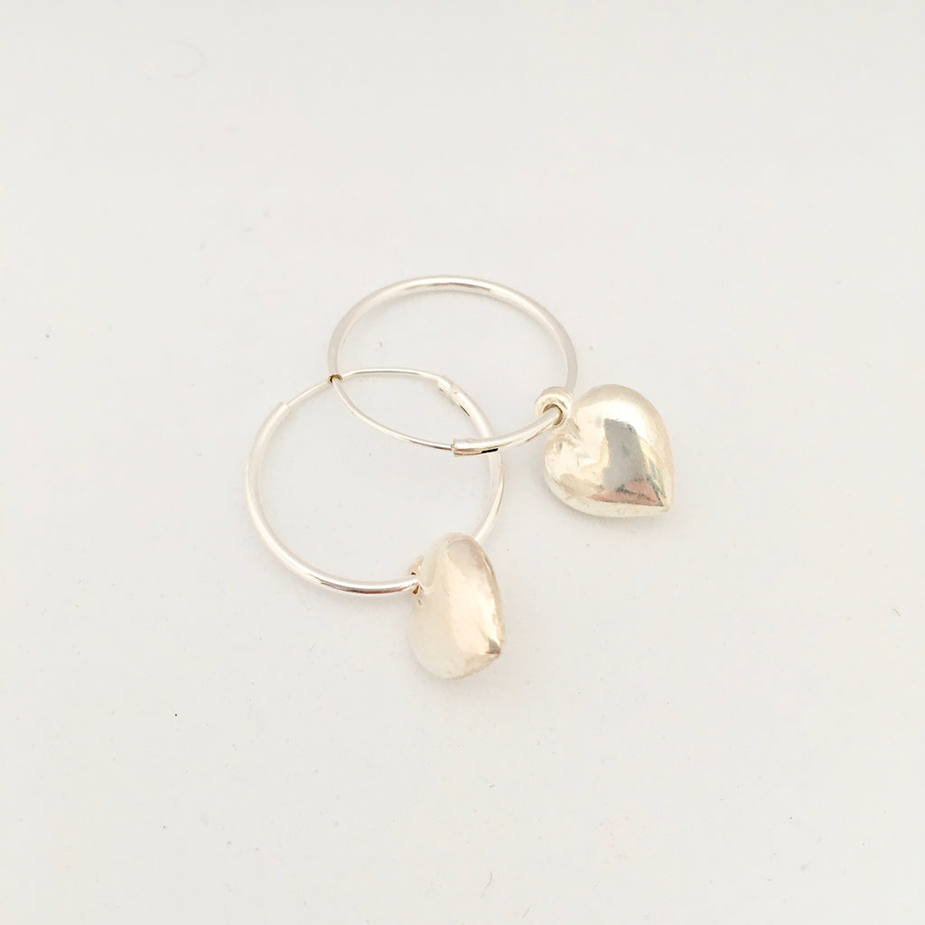 Hoop with small heart Earring - Silver