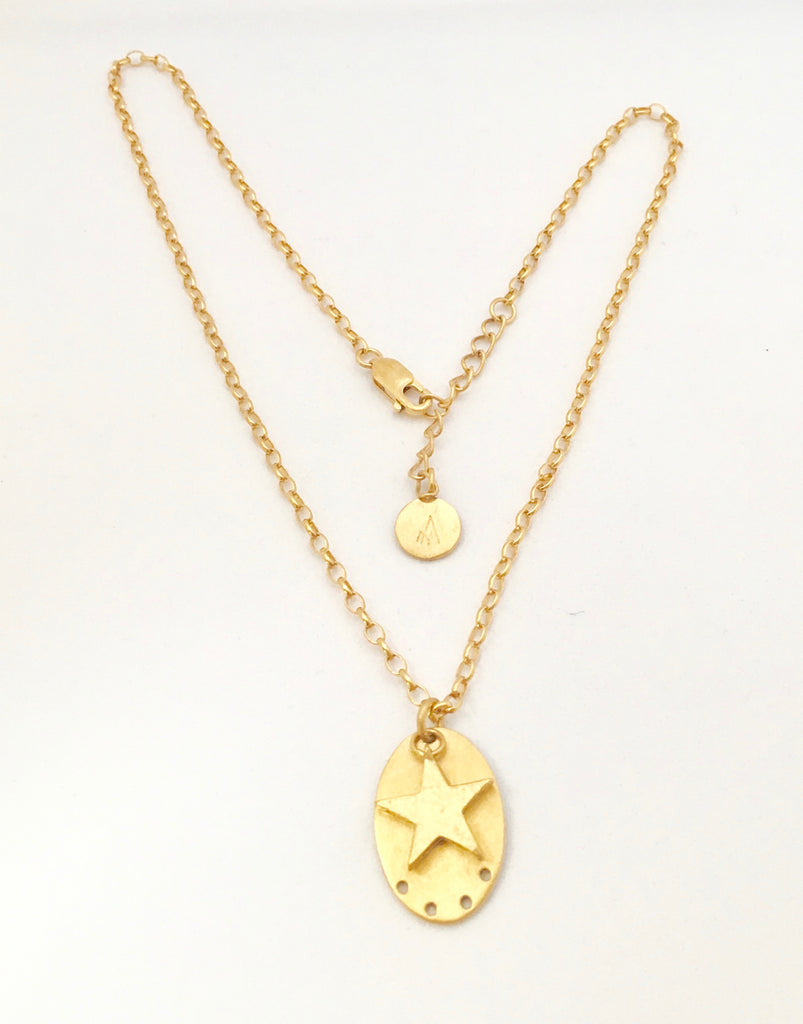 Oval discette with planetary star Necklace - Gold Plated