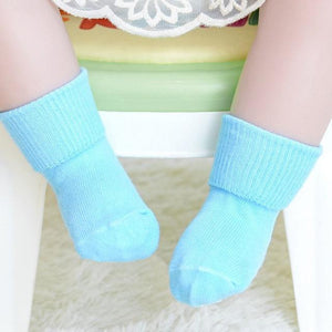 Paw Print Non-Slip Socks - Bitsy Bug Boutique