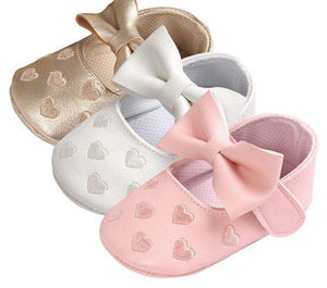 Love Heart Bow Shoes - Bitsy Bug Boutique