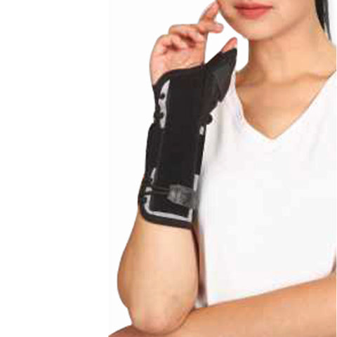 Tynor E-44 Wrist Splint With Thumb is designed to support, protect and partially immobilize the wrist and the palm