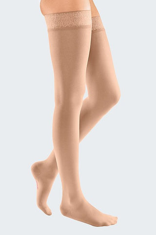 Elegant compression stockings