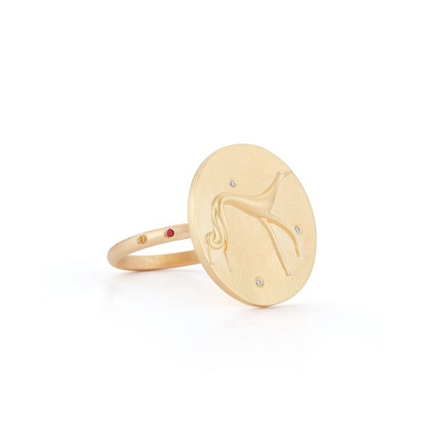 Hound Gold Plate Ring with Diamonds