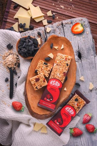 Fruit & White Chocolate Granola Bars