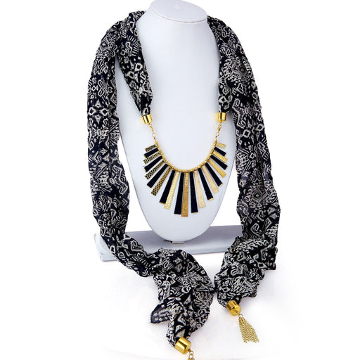 Sukkhi Gleaming Chiffon Detachable Scarf Necklace With Chain For Women
