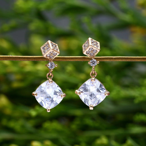 Sukkhi Elegant Gold Plated Square Shaped Dangler Earring For Women