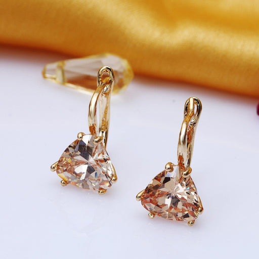 Sukkhi Pleasing Gold Plated Triangle shaped Drop Earring For Women