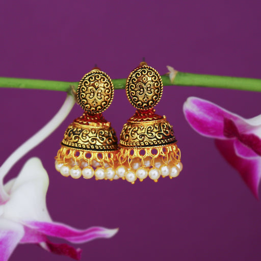 Sukkhi Amazing Pearl Gold Plated Mint Collection Jhumki Earring For Women